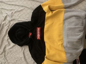 Supreme Hoodie for Sale in Austin, TX