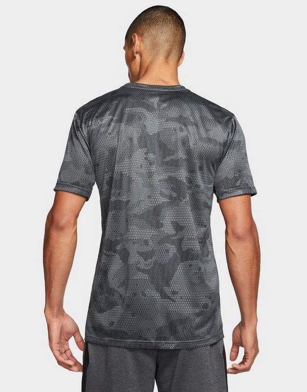 New Nike Men's Printed Dri-Fit Training T- Shirt Size Small Grey Camo CK4252-069