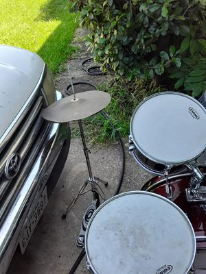 Roger's 5 piece drum set for Sale in Mesquite, TX