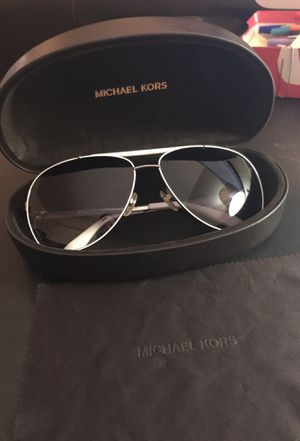 Michael Kors Aviator Style Sunglasses for Sale in Salinas, CA