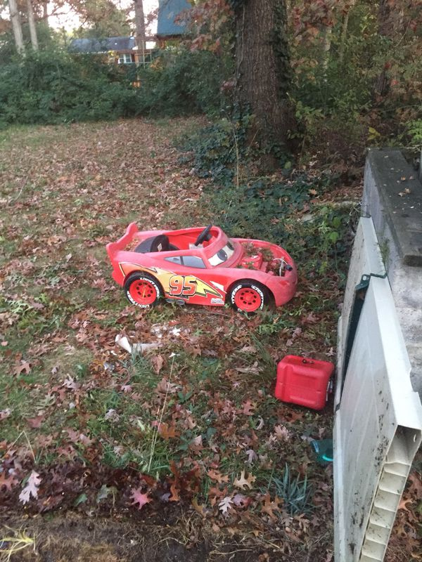 Large American doll Van lots of toys bags filled with toys movie car car for an actual kid