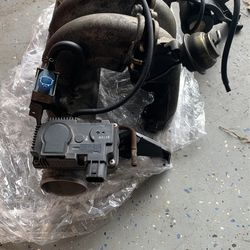 Nissan Altima Complete Throttle Body And Intake Manifold Complete for Sale in Charlotte,  NC