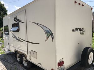 2012 micro lite by Flagstaff for Sale in Shadyside, OH