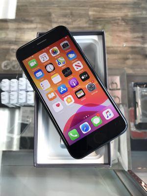 iPhone 8 64GB unlocked for Sale in Seattle, WA