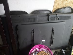 60 inch smart tv sharp for parts for Sale in Turlock, CA