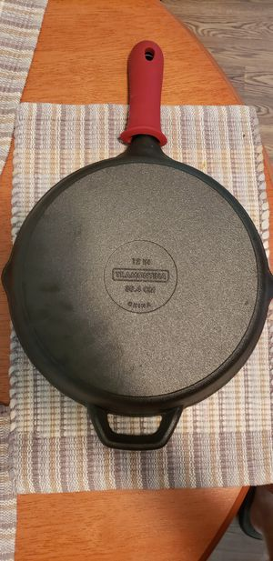 12 inch Cast Iron Pan for Sale in Rockville, MD