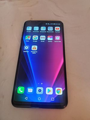Lg v30 128gb factory unlock for Sale in Lynwood, CA