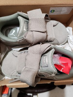 Girl toddler shoe 8c for Sale in Silver Spring, MD
