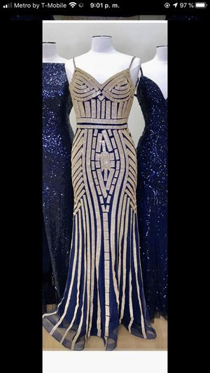 Gown Blue navy dress size 6 for Sale in Corona, CA