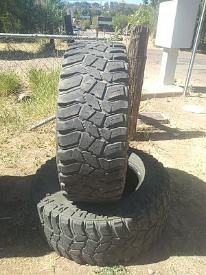 37x12_50r 20 lt cooper discoverer for Sale in Payson, AZ