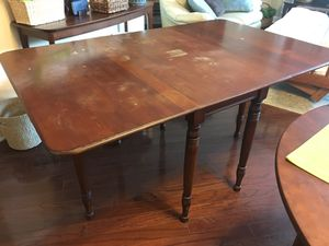 Antique table w/ 2 folding leaves for Sale in Raleigh, NC
