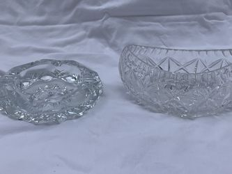 Vintage Crystal Oval Dish And Ash Tray for Sale in Palm Beach,  FL
