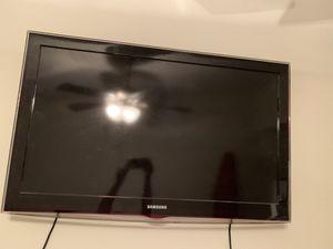 Samsung TV 40inch for Sale in Dallas, TX
