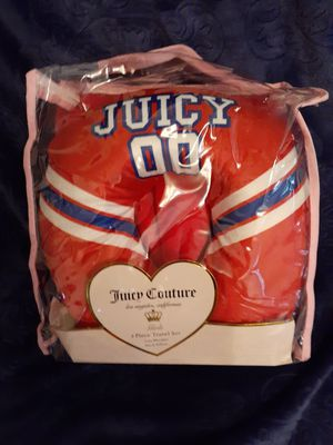 Juicy couture 2 piece travel set for Sale in Beaumont, TX
