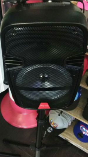"New 8""Bluetooth speaker DJ Kareoke style comes with microphone and stand brand new in box for Sale in Commerce, CA"