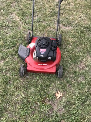 Good lawn mower for Sale in Pflugerville, TX