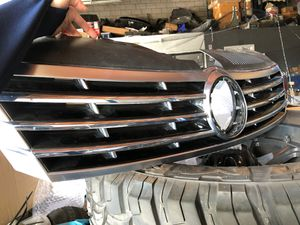 2013-2017 VW CC Grille OEM used in great condition for Sale in Monterey Park, CA