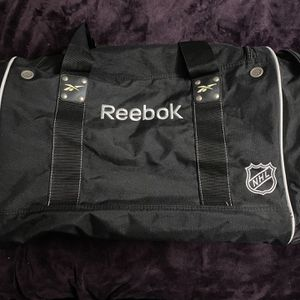 Reebok Anaheim Ducks NHL Hockey Sports Duffle Bag for Sale in La Puente, CA