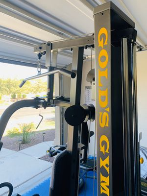 Gold's Gym XRS 50 Home Gym with up to 280 lbs of Resistance - High and Low Pulley System for Total Body Workout for Sale in Peoria, AZ