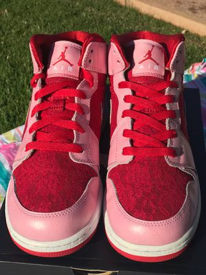 "Jordan 1 Mid Prem GS ""Valentine's Day"", Brand New size 7Y for Sale in Gilbert, AZ"