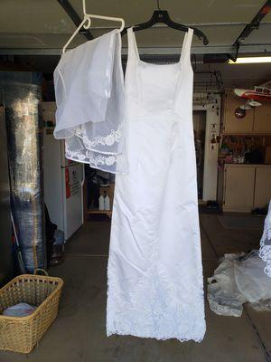 Wedding dress for Sale in Henderson, NV