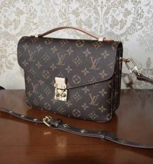 Louis Vuitton Pochette metis monogram purse for Sale in San Diego, CA