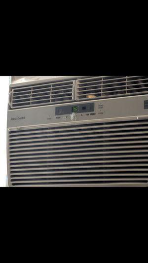 Frigidaire 6000 btu window ac for Sale in West Valley City, UT