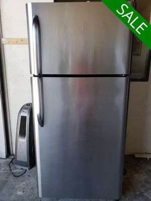 💥💥💥Frigidaire LIMITED QUANTITIES! Refrigerator Fridge Top and Bottom #1528💥💥💥 for Sale in Riverside, CA