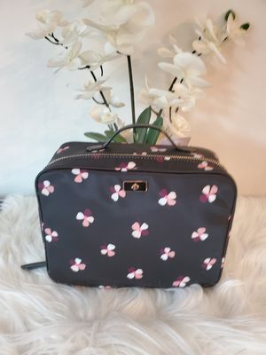 NWT Kate Spade Travel Cosmetic bag for Sale in San Jacinto, CA