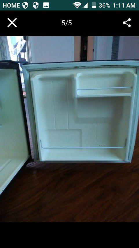 Mini Kenmore Refrigerator