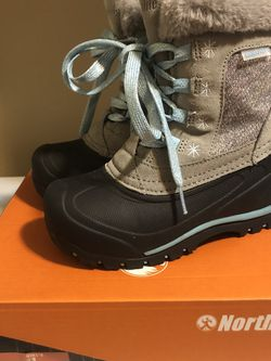Girls Snow Boots for Sale in Camas,  WA
