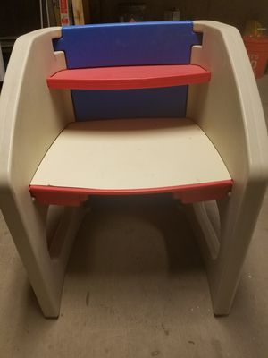 Step 2 kids desk for Sale in Redmond, WA