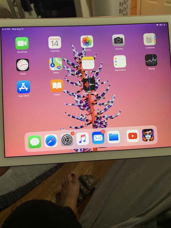 iPad Pro 9.7 128gb with Apple Pencil