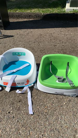 2 Booster seats for the table & mat for Sale in San Diego, CA