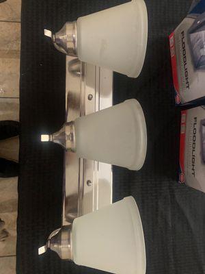 Bathroom Light Fixture for Sale in Las Vegas, NV