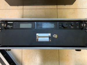Shure UR combo receiver unit for Sale in Miami, FL