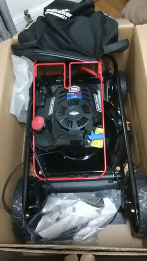 Brand new Craftsman lawn mower never used for Sale in Queens, NY
