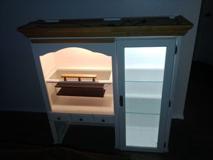 Display case for Sale in Joint Base Lewis-McChord, WA