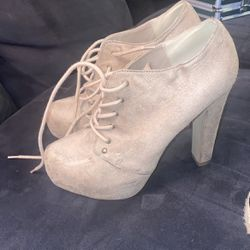 Doll House Boots for Sale in Kent,  WA