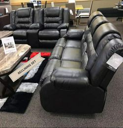 In Stock 🎗[SPECIAL] Vacherie Black Reclining Living Room Set 🎗Sofa and Loveseat for Sale in New Castle,  DE
