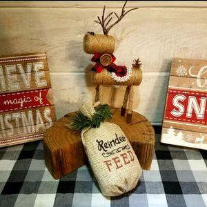 Rustic Reindeer Setting Bundle for Sale in Delta, CO