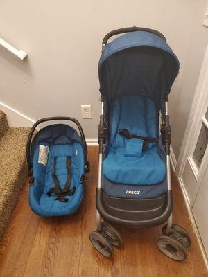 Costco car seat and stroller for Sale in Covington, GA
