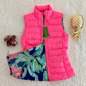 NWT Lilly Pulitzer Elana Puffer Vest for Sale in Washington, DC