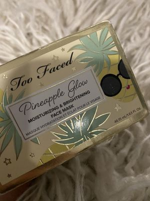 Too Faced Pineapple Glow Moisturizing & Brightening Face Mask for Sale in Brooklyn, NY