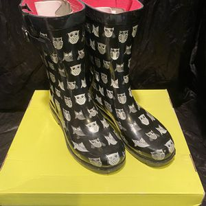 CAPELLI New York Rain Boots Galoshes OWL Size 7 for Sale in Kissimmee, FL