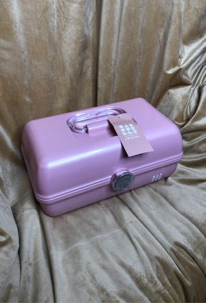 """On The Go Girl Retro Style Makeup Case """"Made in the USA"""" for Sale in Plainville, MA"""