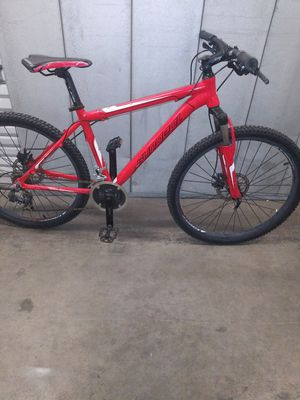 Sundeal mach 1 mountain bike for Sale in Forest View, IL