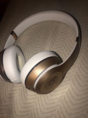 Beats solo wireless 3 for Sale in Palo Alto, CA