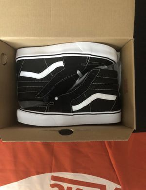 ⚫️⚪️⚫️ Vans Ultralite Black and White Sk8-hi shoes Brand New in the box Men Size 7.5 8 8.5 9 10.5 11.5 for Sale in Apple Valley, CA