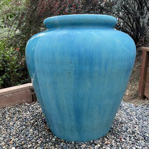 Ceramic Blue Outdoor Garden Water Fountain (Pre-owned By Todrick Hall) for Sale in Los Angeles, CA